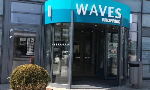 Waves Shopping Center