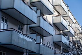 AB Brahes Hus på Amager, tager snart nye altaner i brug