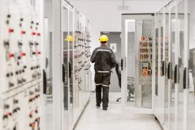 Lav luftfugtighed kan føre til statisk elektricitet i produktioner