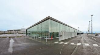 Opførelse af lufthavnsterminal