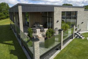 Varmepumpe med passiv køling giver behageligt klima i moderne bolig